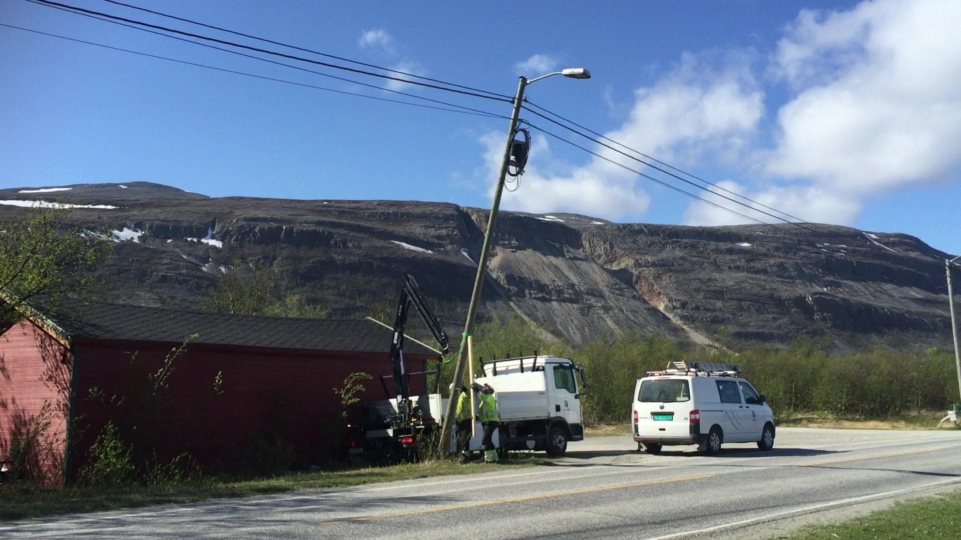 Luostejok kraftlag sikrer stolpen
