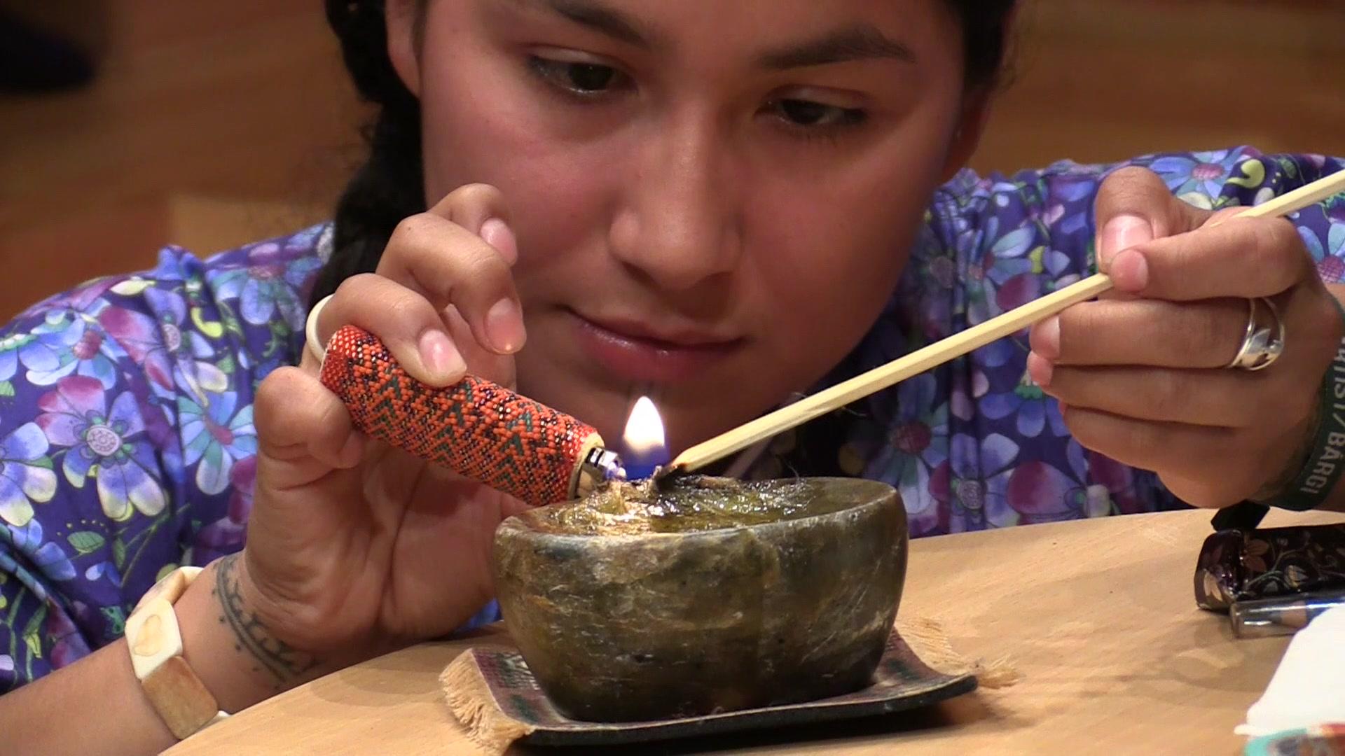 Gjenoppliver tradisjonell Inuit-tatovering
